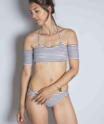 straplez bikini