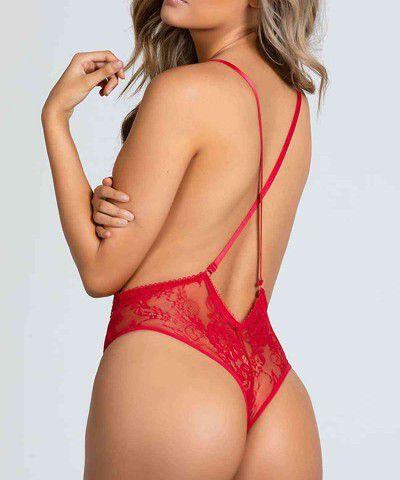 seksi kırmızı iç giyim